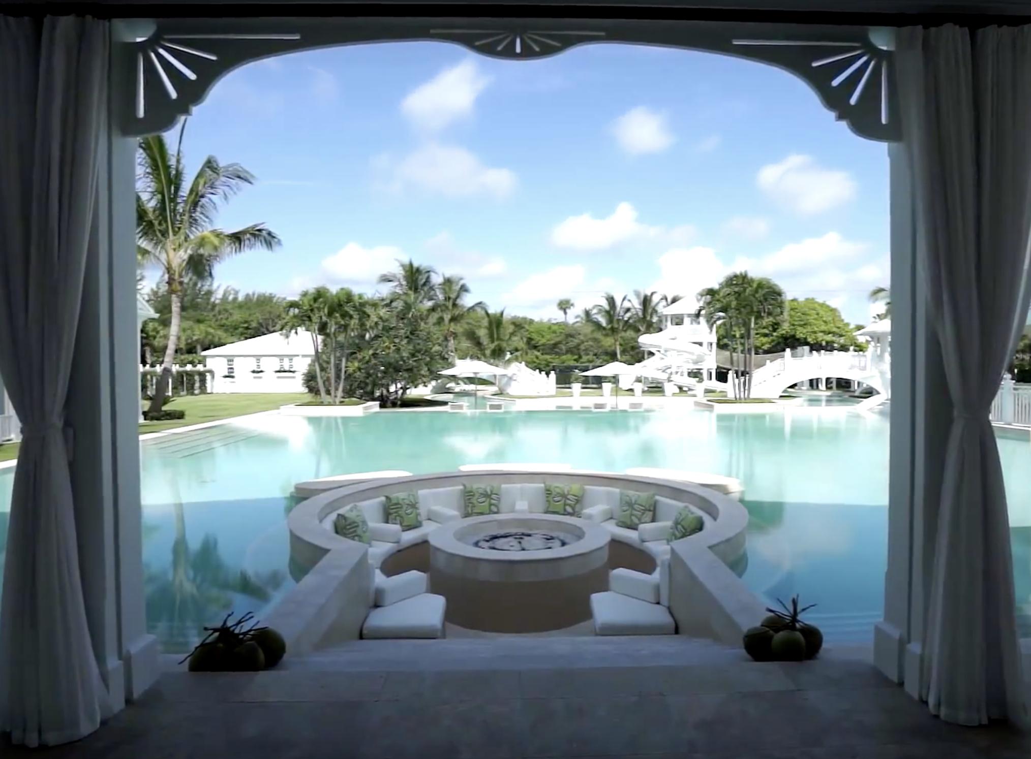 """Lohnt sich der Aufpreis bei Promi-Immobilien? Hier: Céline Dions """"Jupiter Island Mansion"""" (Foto: Screenshot, Youtube)"""